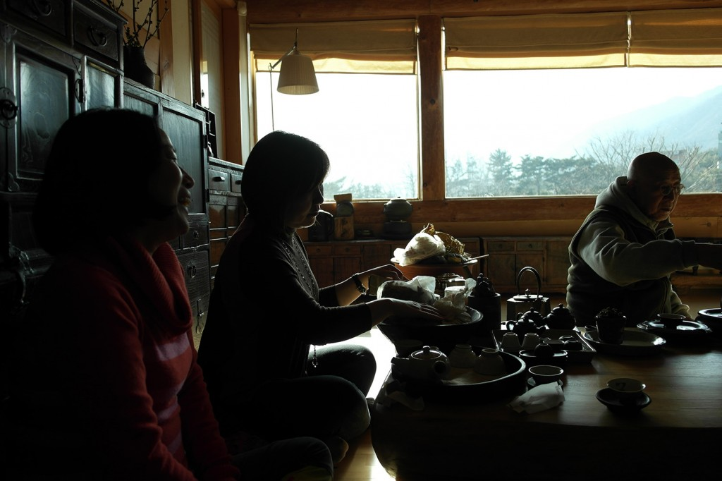 Chatting with friends near Tongdosa, Korea